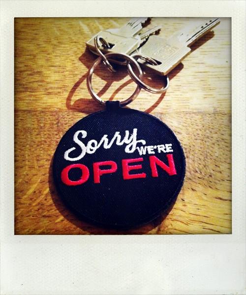 Bonaparte Sorry we're open Schlüsselanhänger
