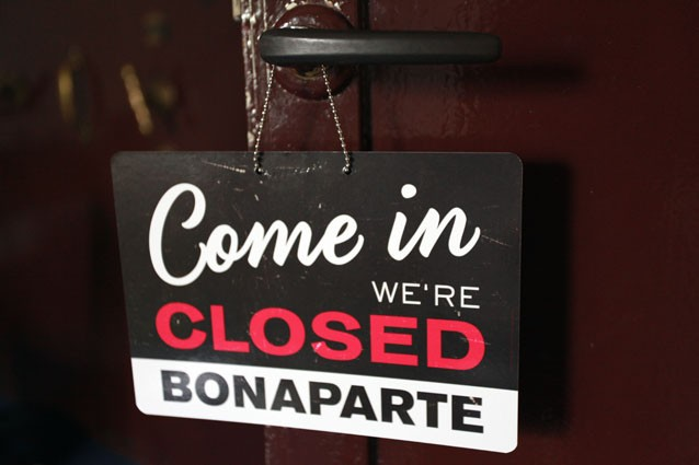 Bonaparte Sorry we're open Türschild